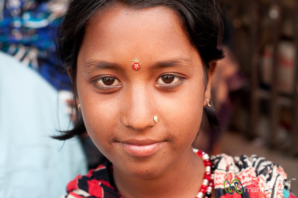 People You Meet in Shakhari Bazar - Old Dhaka, Bangladesh