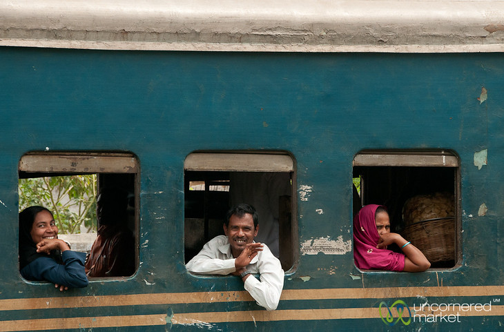 Bangladesh Trains - Khulna to Rajshahi