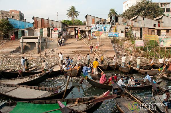 Rowboats Dropping Off Passengers at Sadarghat - Dhaka, Bangladesh