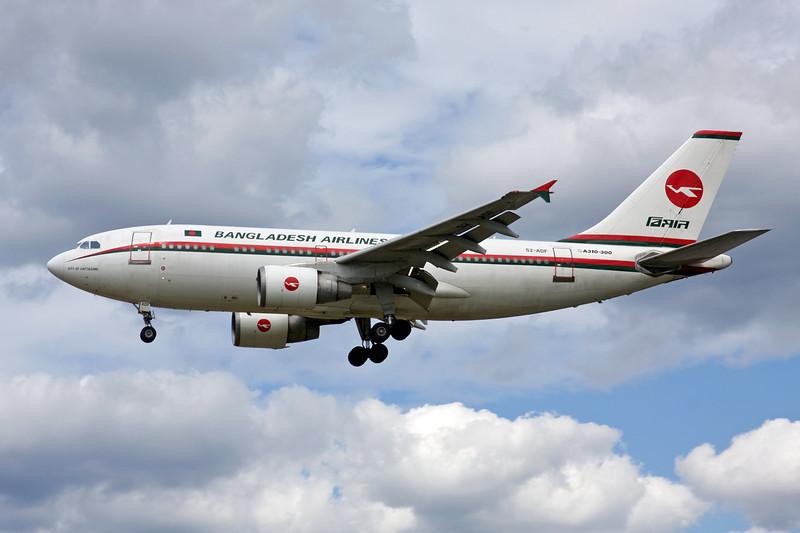 """S2-ADF Airbus A310-325 """"Bangladesh Biman"""" c/n 700 Heathrow/EGLL/LHR 18-07-09"""