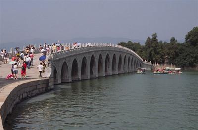 Seventeen-arch Bridge, Summer Palace