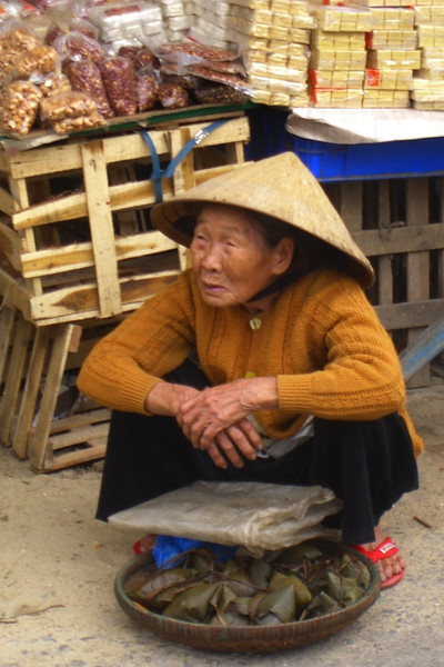Old Lady Selling Banana Leaf Wrapped Treats - Hoi An, Vietnam