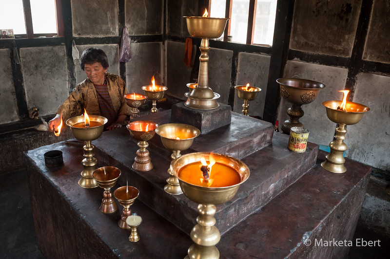 Large butter lamps