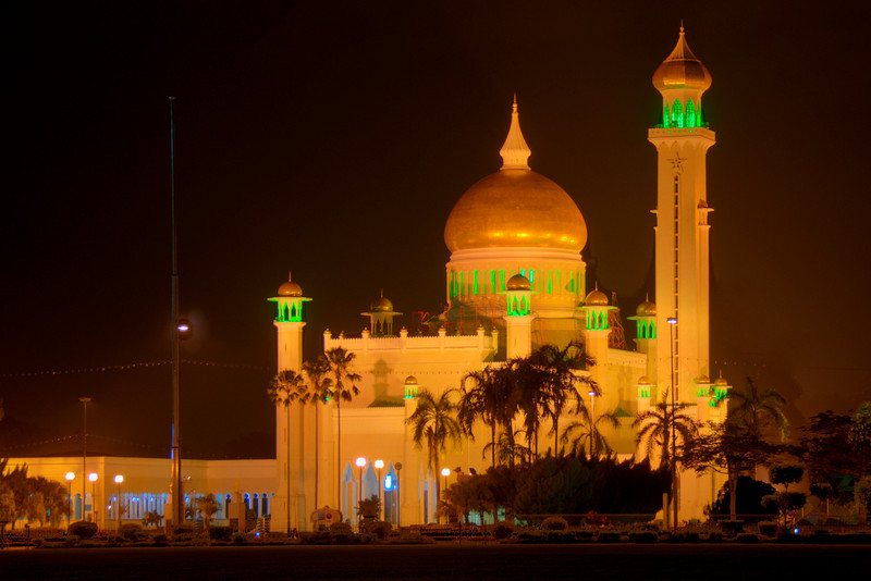 Omar Ali Saifuddin Mosque HDR 2 - Brunei