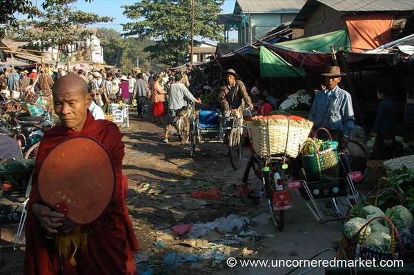 Toungoo Market Scene - Burma