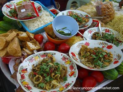 Burmese Food, Streetside Soup - Rangoon, Burma (Yangon, Myanmar)