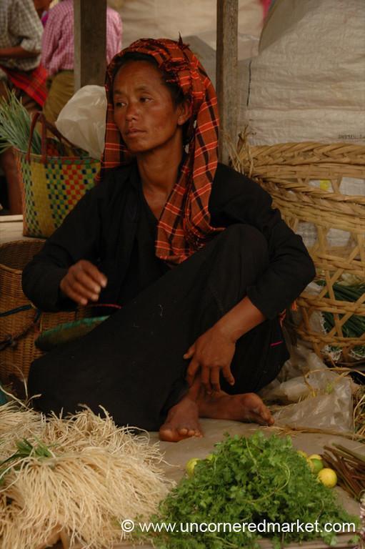 Woman Dressed in Black, Nam Pan Market - Inle Lake, Burma