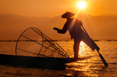 Enjoying mesmerising Inle Lake at sunrise.