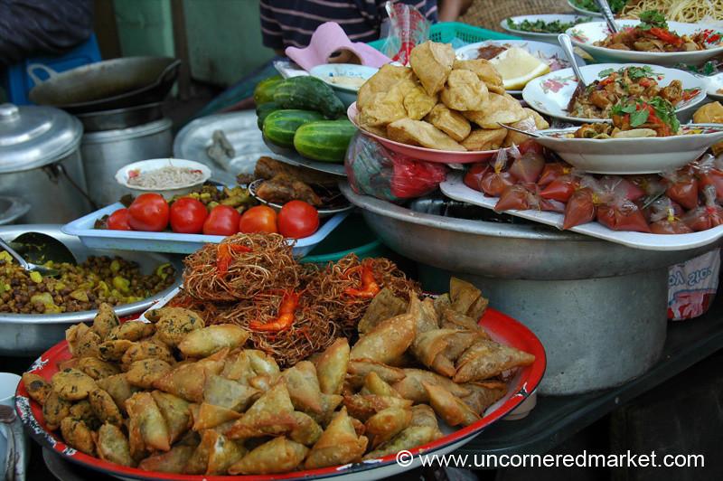 Burmese Street Food - Rangoon, Burma (Yangon, Myanmar)