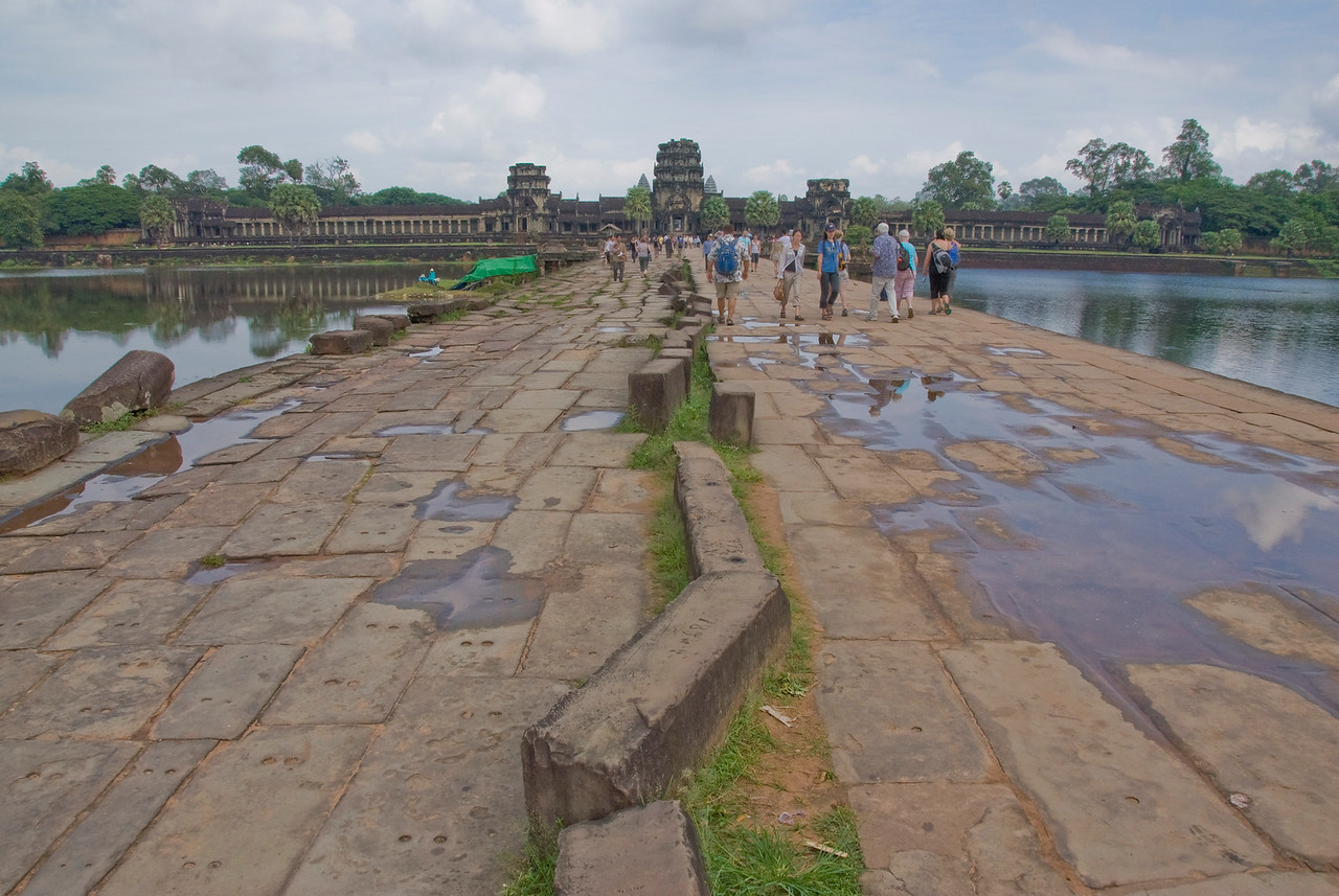 Tourists walking outside the Angkor Wat