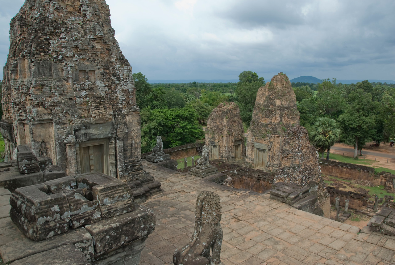 Overlooking view of the Angkor Wat Temple Complex