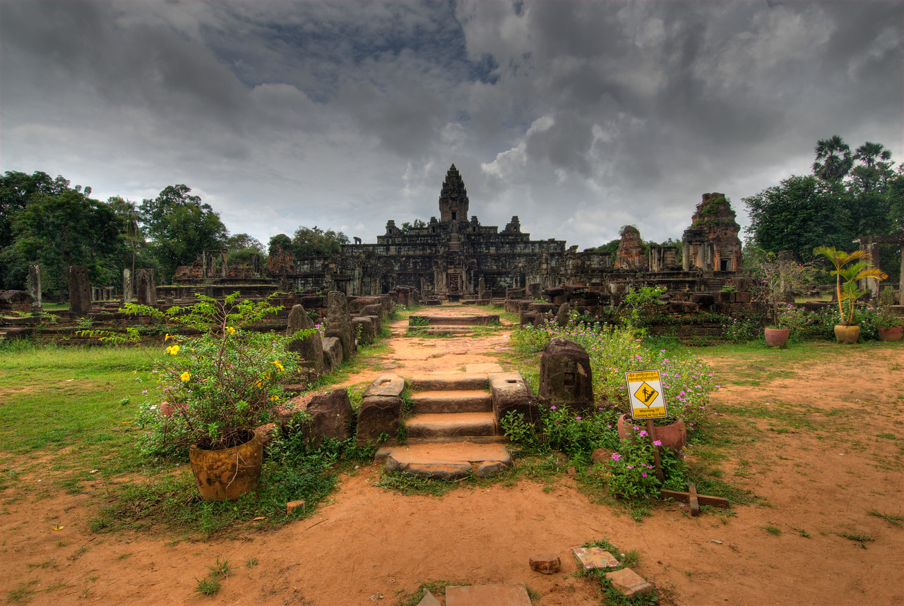 Entrance stairway of Angkor Wat