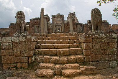 Stairs and lion statues in the Angkor Wat temple complex