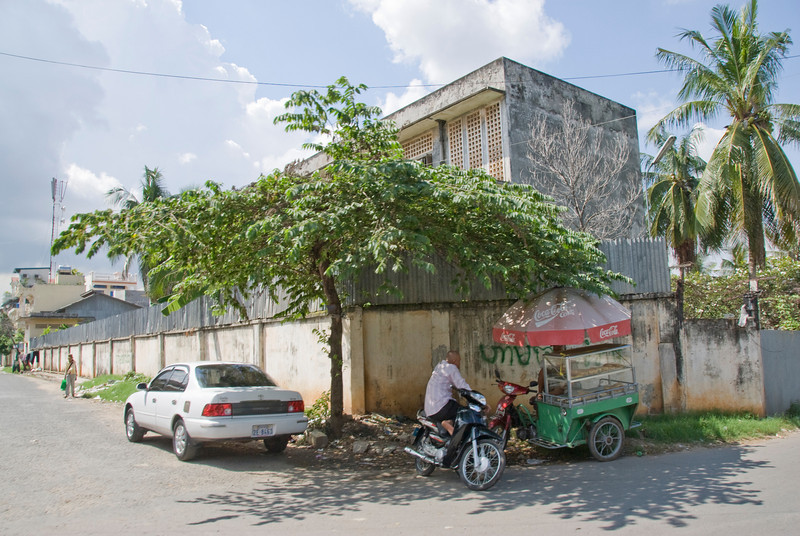 View of the street outside the Toule Seng Prison