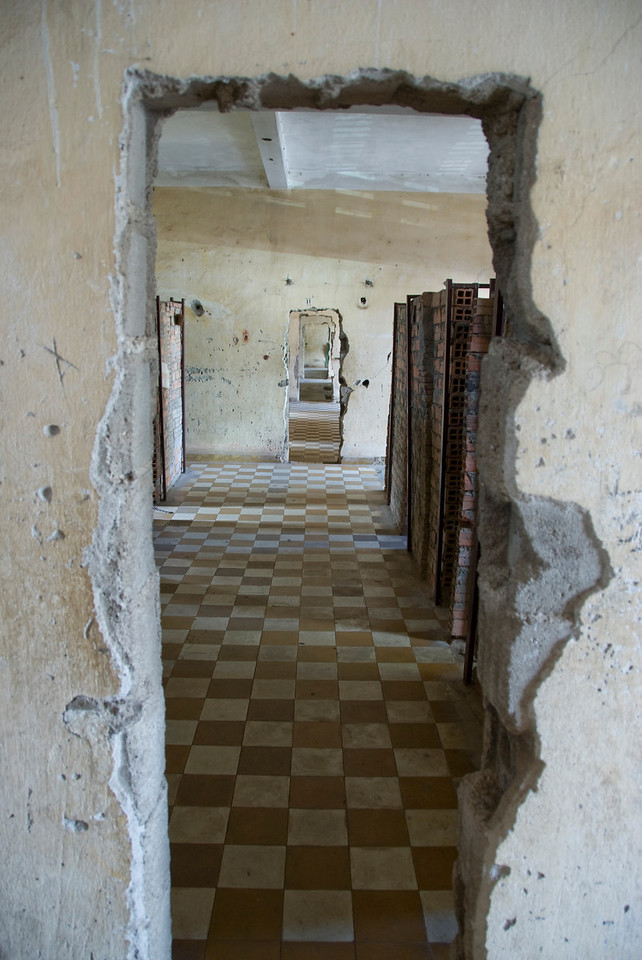 Makeshift doors in Building B of Toule Seng Prison