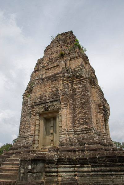 Shot of the temple in Phnom Penh, Cambodia