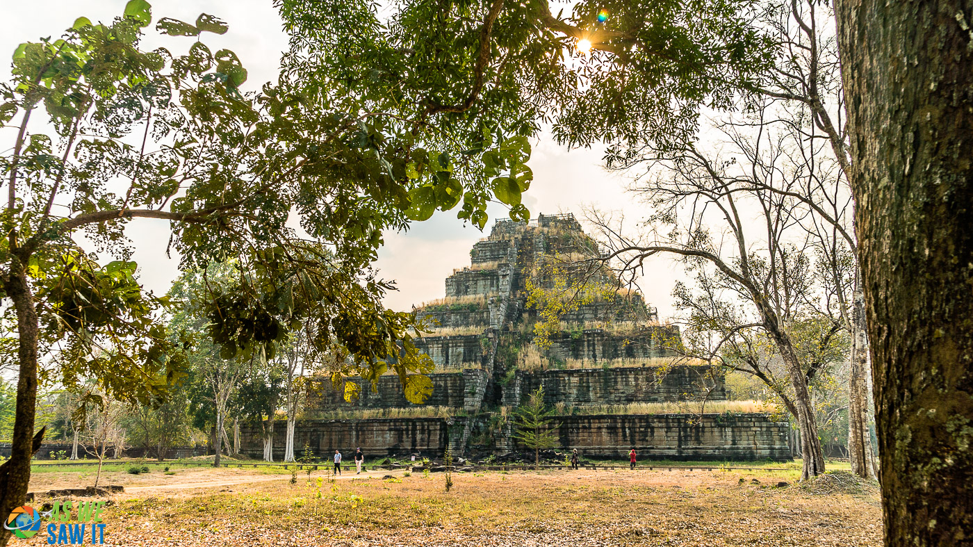 Prasat Thom was originally a hindu temple. you can tell because it's got so many steps.