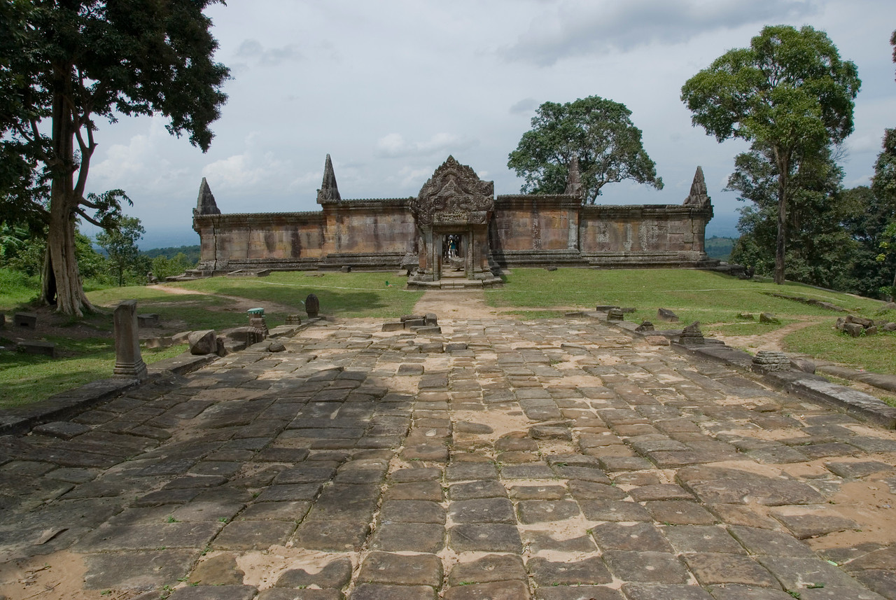 Landscape shot of Middle Ruins in Preah Vihear Temple