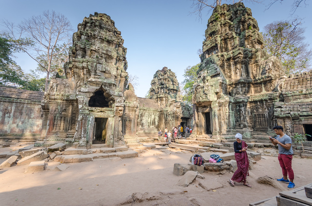 Checking out Ta prohm.