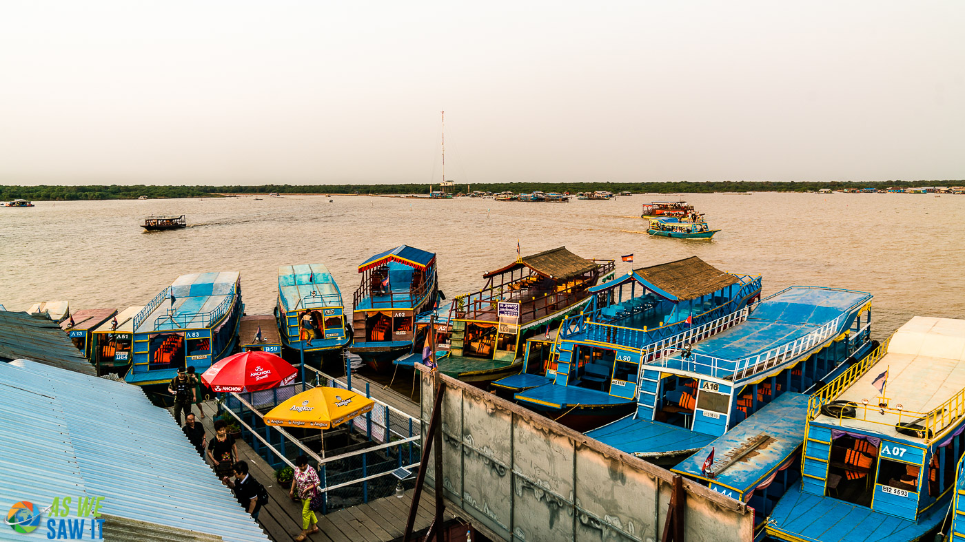 boats tethered together on Tonle Sap Lake - part of Kampong Khleang
