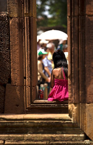 Little girl at Banteay Srei