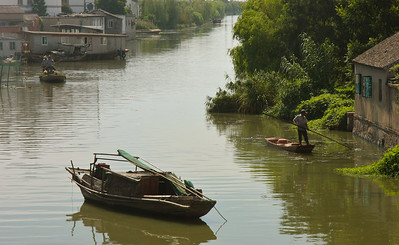 Tongli Town, outside Suzhou. An age-old but very well preserved water township with a history of more than 1,000 years.