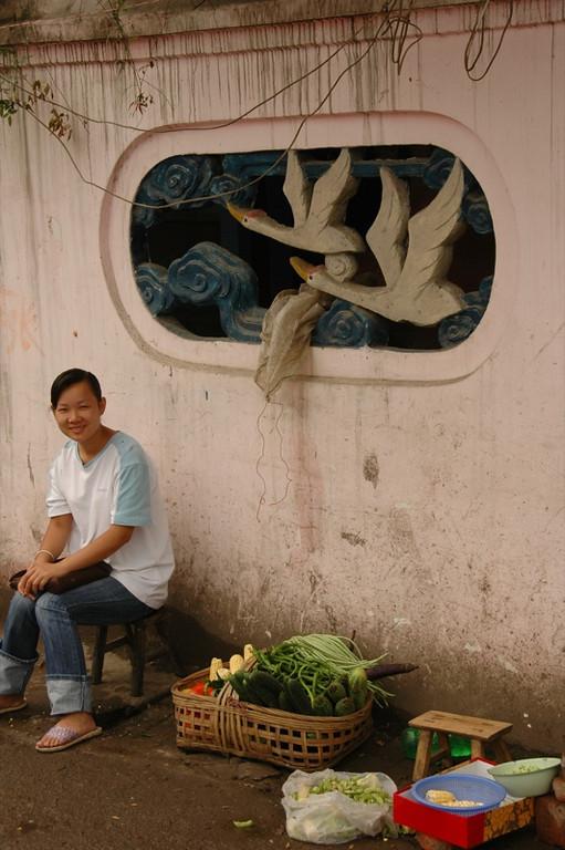 Smiling Chinese Vendor - Chengdu, China
