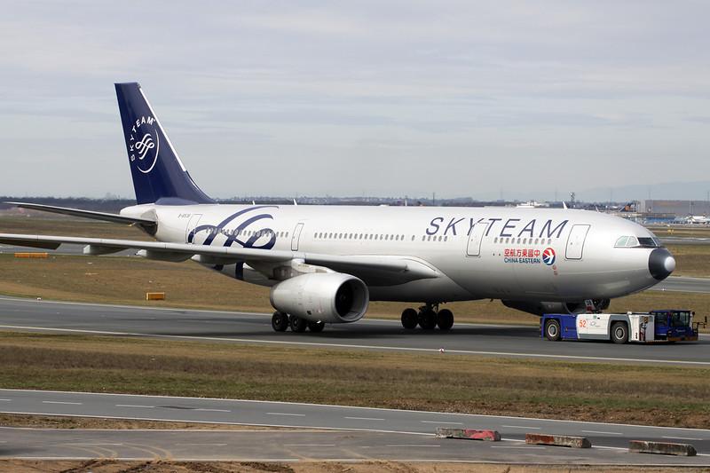 """B-6538 Airbus A330-243 c/n 1267 Frankfurt/EDDF/FRA 14-04-13 """"Skyteam"""""""