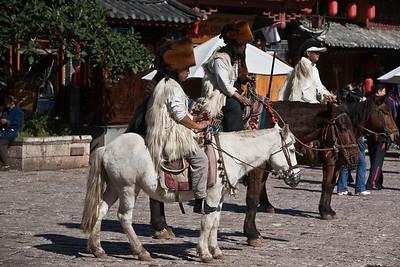 Lijiang Naxi horsemen
