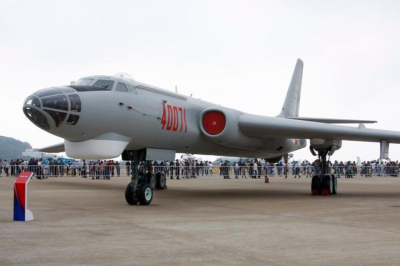 "40071 Xian H-6H ""Peoples Liberation Army Air Force"" c/n 232405 Zhuhai/ZGSD/ZUH 16-11-12"
