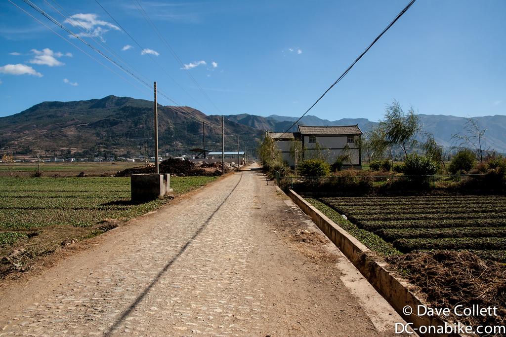 Road to Niuji