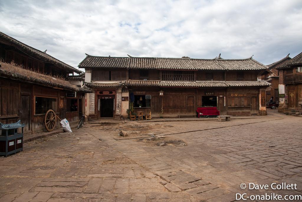 Shaxi market square