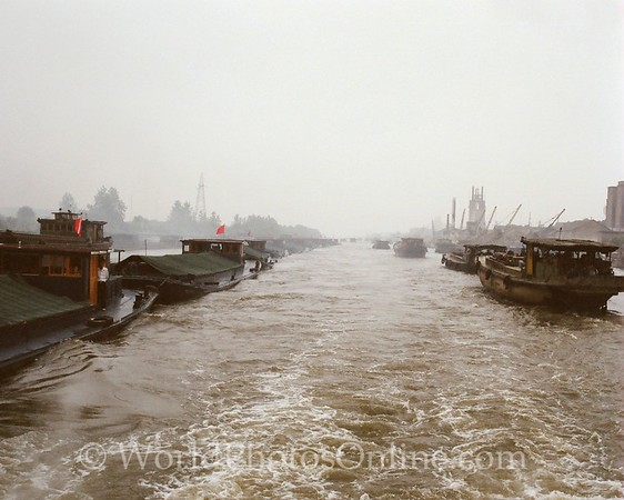 Grand Canal - Barge Traffic