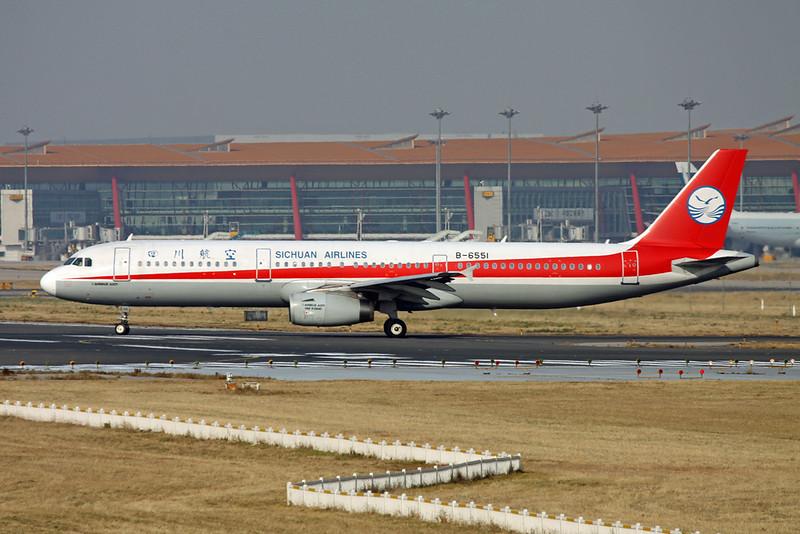 """B-6551 Airbus A321-231 """"Sichuan Airlines""""  c/n 3730 Beijing-Capital/ZBAA/PEK 08-11-12"""