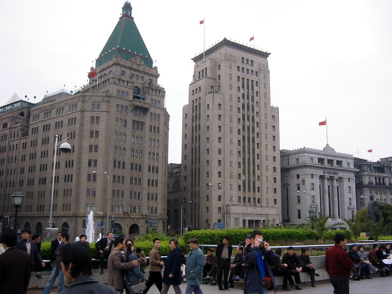 The Bund, march 2004 Shanghai Atmosphere