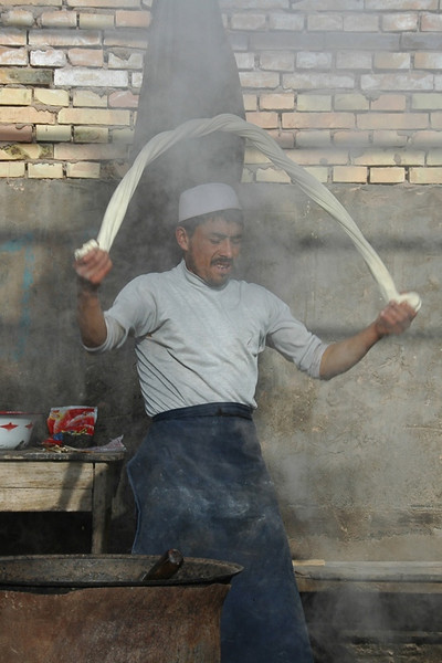 Xinjiang Food: Laghman Noodle Making - Kashgar, China