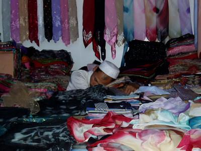 resting, kashgar markets