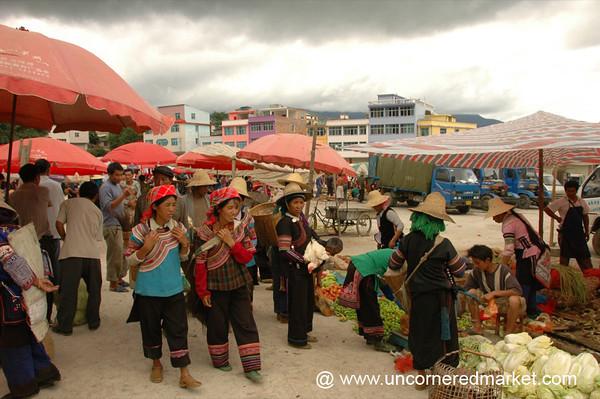 Niujiazhai Market Day - Yuanyang, China