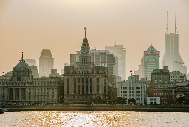 The Bund 外滩 at sunset, Shanghai