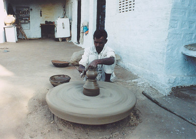 Potter in village near Jodhpur