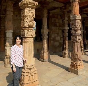 I'm drawn to pillars!!!