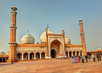 Jama Masjid   - This great mosque of Old Delhi is the largest in India, with a courtyard capable of holding 25,000 devotees. It was begun in 1644 and ended up being the final architectural extravagance of Shah Jahan, the Mughal emperor who built the Taj Mahal and the Red Fort.