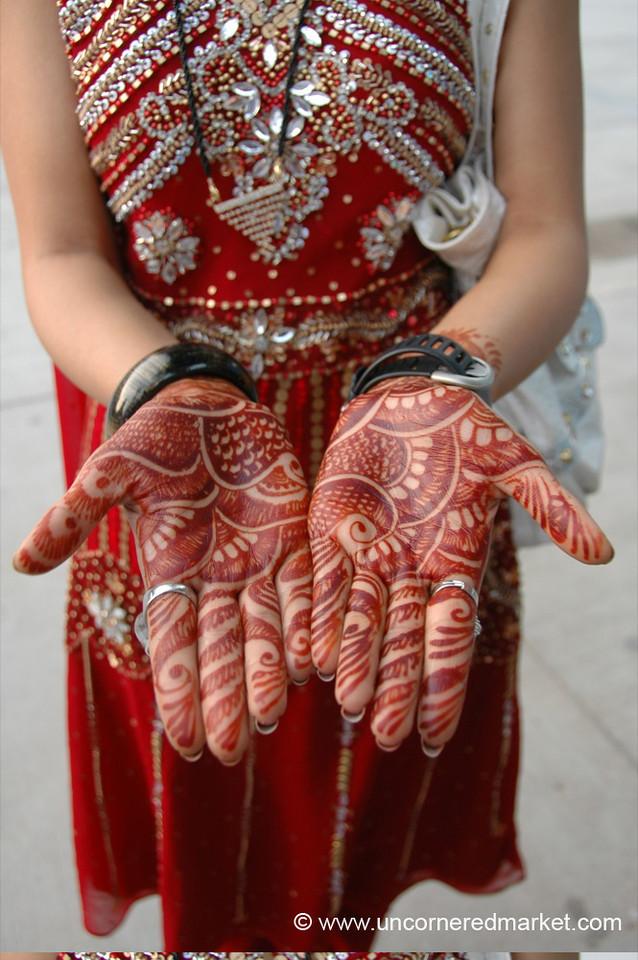 Beautiful Henna Hands - Chandigarh, India