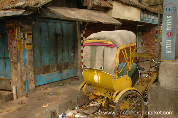 Triplicane Street Scene - Chennai, India