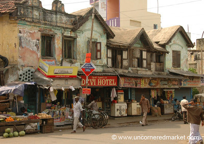 Street Scene in Chennai, India