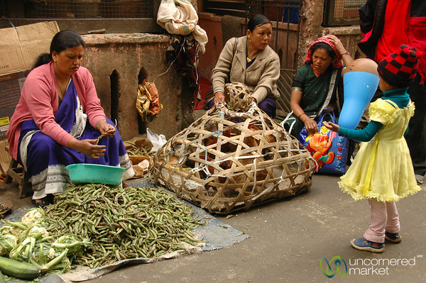 Shelling Beans and Selling Chickens - Darjeeling, India