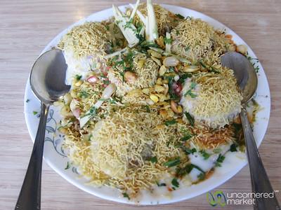 Dahi Batata Puri at Vrindavan Restaurant - Khar Station, Mumbai