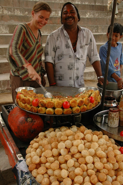 Street Indian Cooking Lesson - Varanasi, India