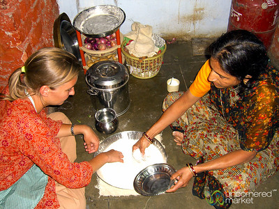 Learning to Make Chapatis - Udaipur, India