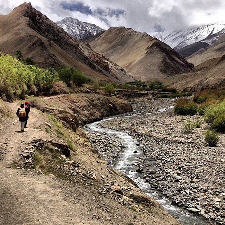 Our trek begins. Storms build for more white caps. Markha Valley trek trail head, Zingchen. #Ladakh